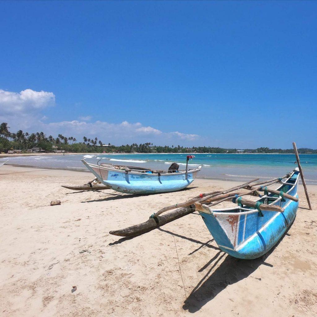 doto con spiaggia bianca di Trincomalee